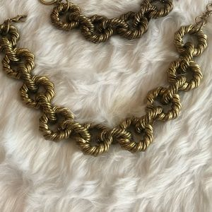 NWOT Limited Edition Zara Necklace Gold
